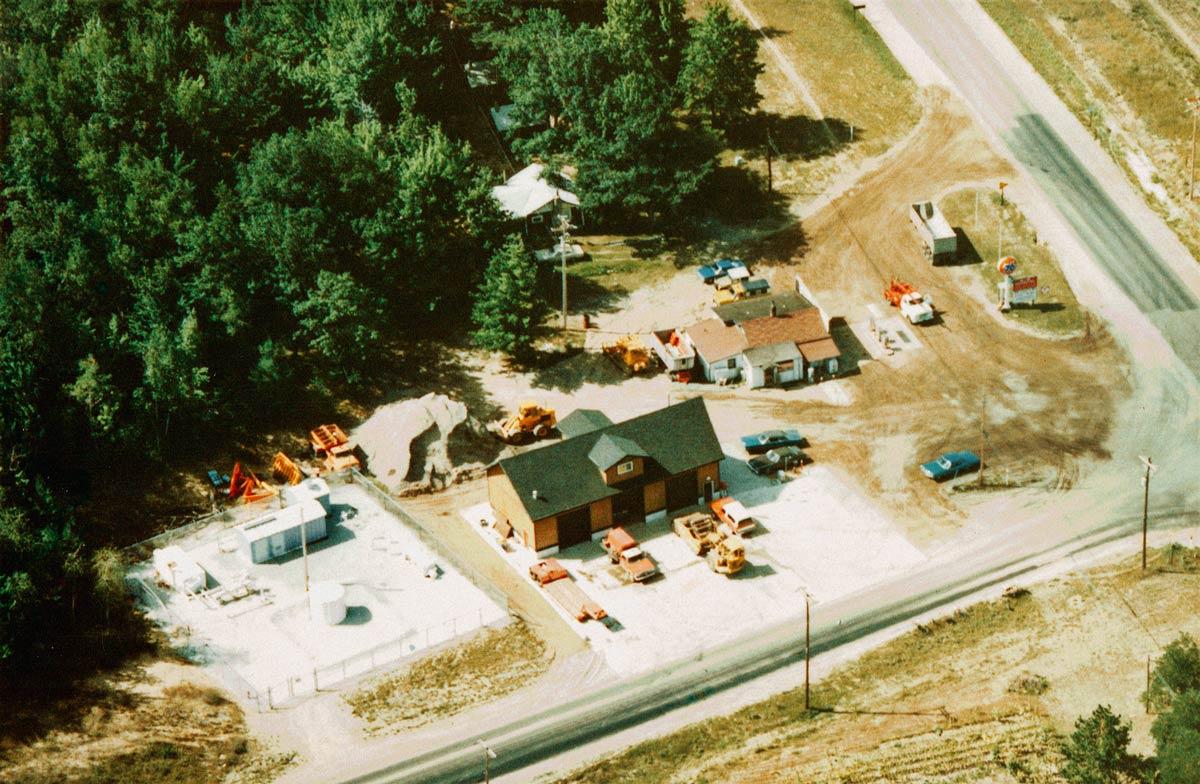 M&M Office & Maintenance Garage 1975